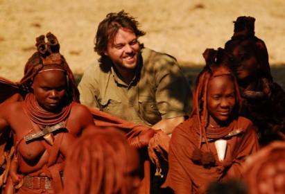 La vuelta al mundo en 80 tribus, con Daniel Landa y Francesc Bailón